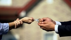 Getting a Divorce, What Happens to a House with a Mortgage in New Jersey?